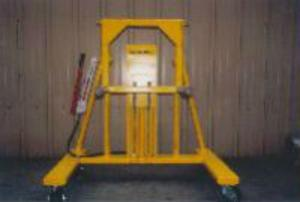 F100 APU installation Crane